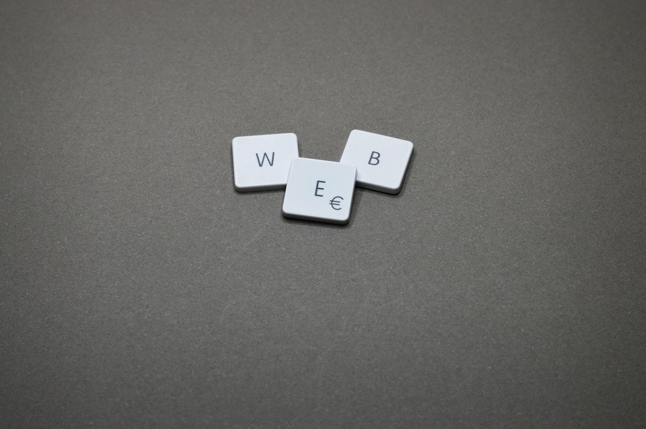 クラウドソーシングでwebデザインをうまく外注するコツ